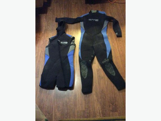 14/6 mm, Two-piece BARE Farmer John style Wetsuit.  Size M-L