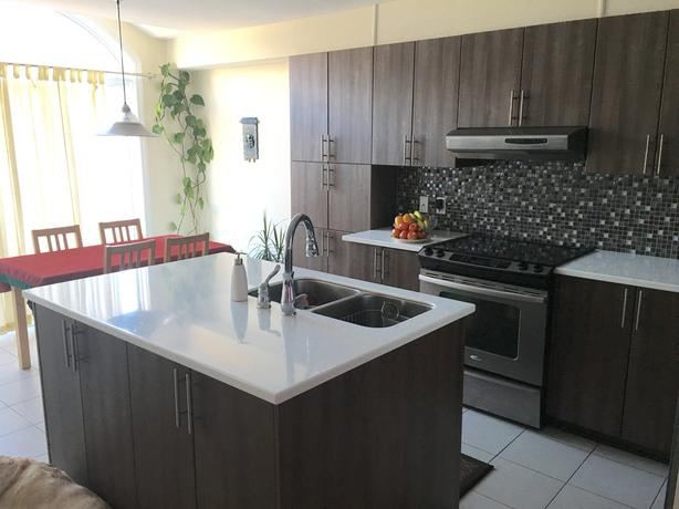 AVAILABLE FOR RENT NOV 1, HAMPTON TOWNHOME BY MINTO