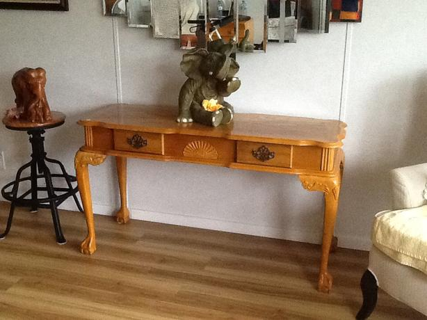 Solid oak sofa table