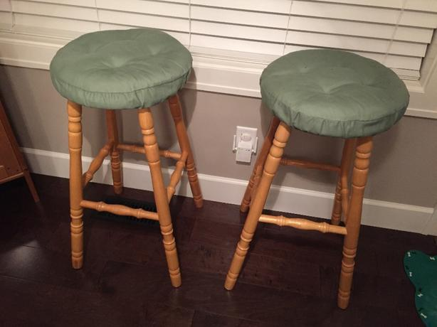 2 solid wood stools
