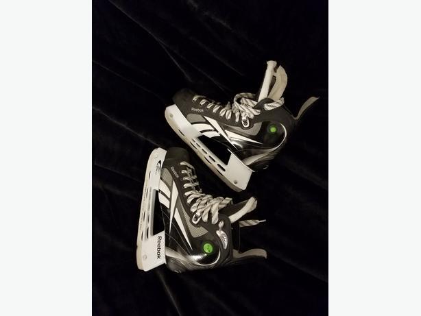 Reebok 6K Pump Skates, Size 9