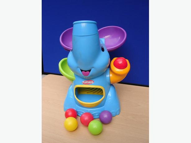 Elephant ball popper toy