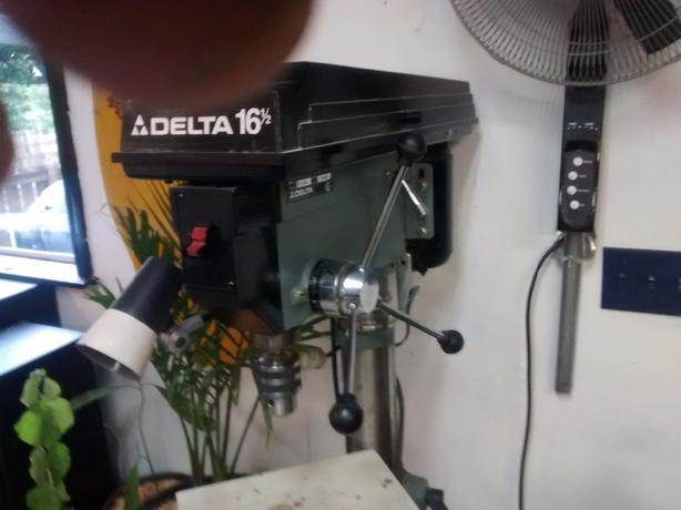 delta 16.5 inch drill press with bits and 5/8 chuck
