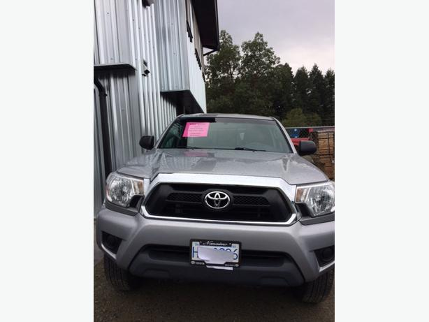 Toyota Tacoma Truck 4x4 SR5 Access Cab