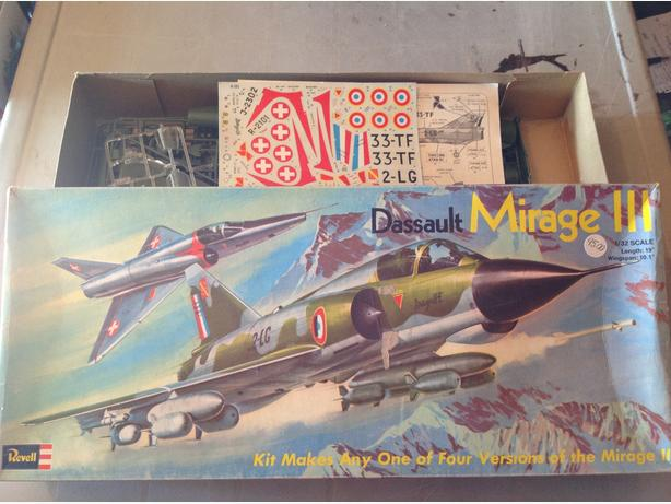 Revell  Mirage 3 Dassault Jetfighter  1/32 scale model kit