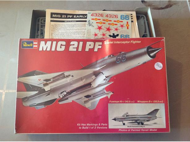 Revell  MIG 21 PF Jetfighter    1/32 scale model kit