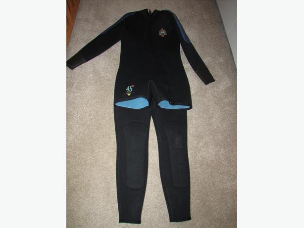 Mares men's wetsuit