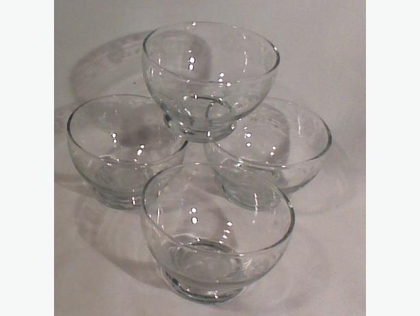 Dominion Glass dessert nappies