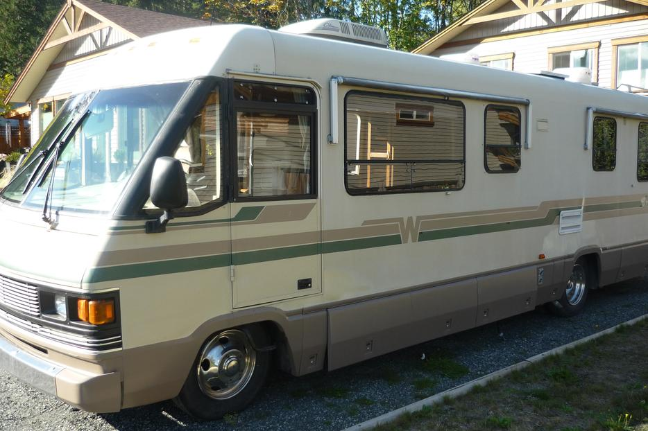 New 1997 Turbo Diesel 35 Ft Winnebago VectraClass A Nanoose Bay Nanaimo