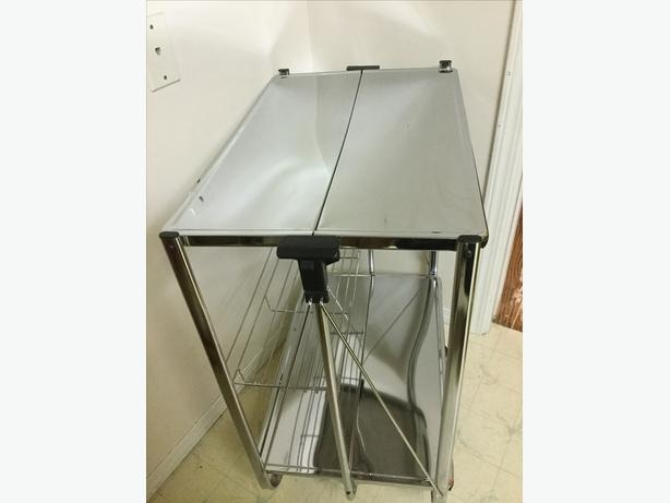 SERVING  TROLLEY/CART for Kitchen or Bar - Foldable