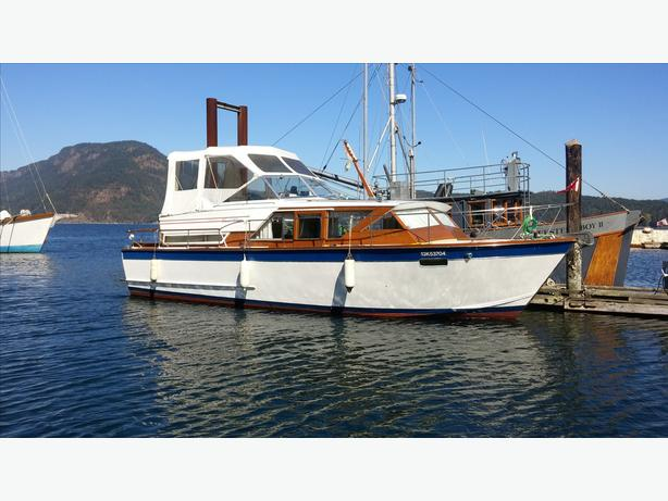 1970 Chris Craft Classic Mahoghany Cruiser