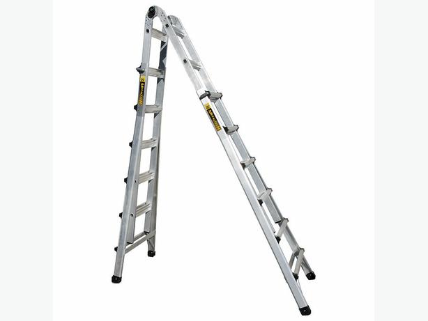 Articulating ladder