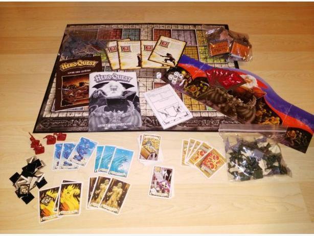 Classic 1990 Hero Quest Board Game - French Version - Rare