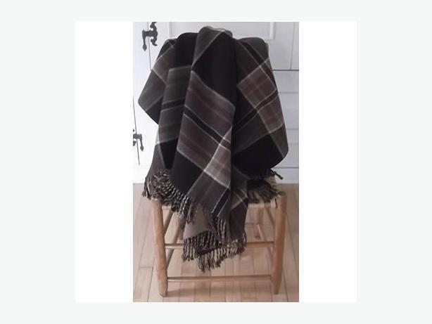 Vintage wool, reversible plaid car blanket/throw