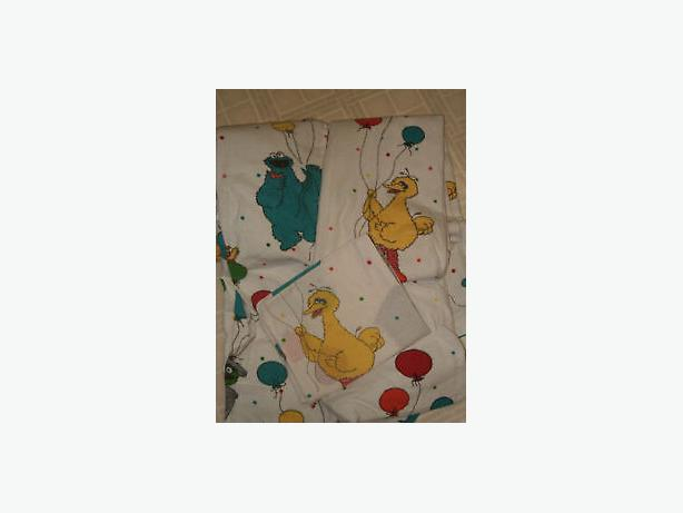 sesame street muppet's ,single bedding ,
