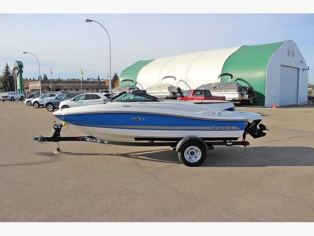 2012 Sea Ray 190 Sport w/low hours of 15.8