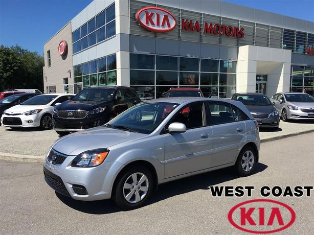 2011 Kia Rio5 EX-Convenience Hatchback Low Kilometers!!