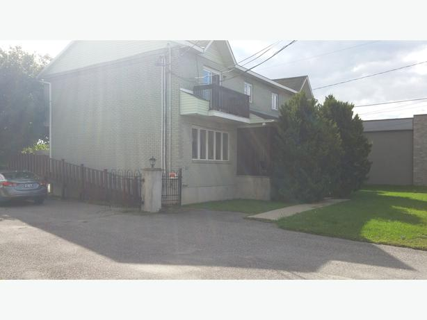 Four Unit Apt. Building 563 Maloney Blvd., Gatineau