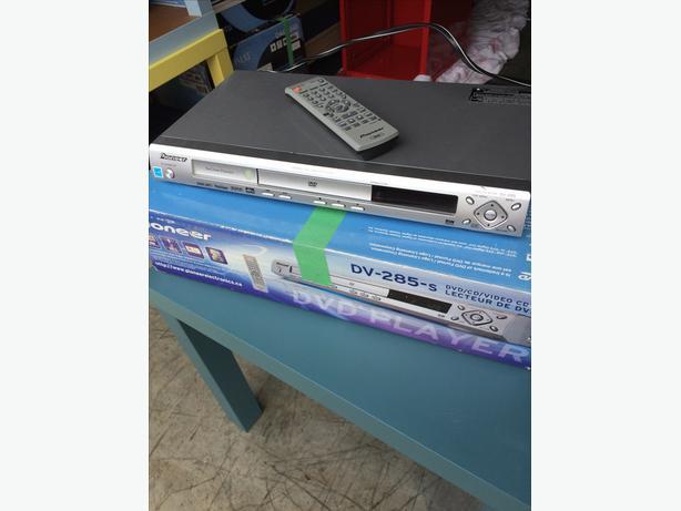 Pioneer Slim DVD Player DV-285