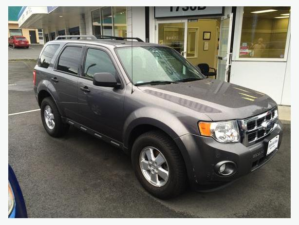 October Sale OnNow 2011 Ford Escape XLT FWD 4cyl AUTO Roof  Williams Colwood
