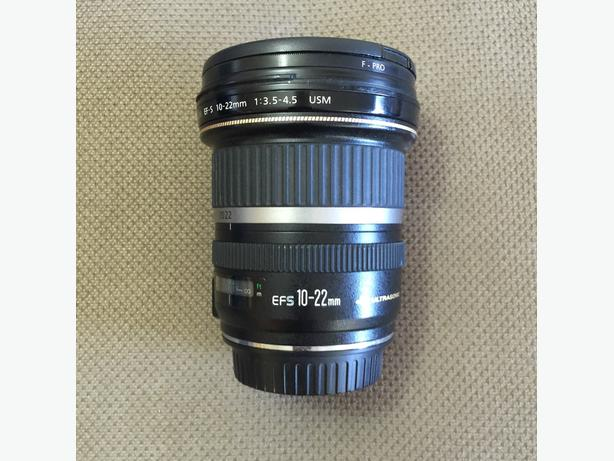 excellent condition canon 10-22 ef-s 3.5-4.5 wide angle lens