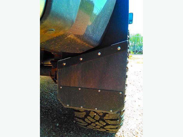 Universal black powder-coated aluminum mud flaps for trucks