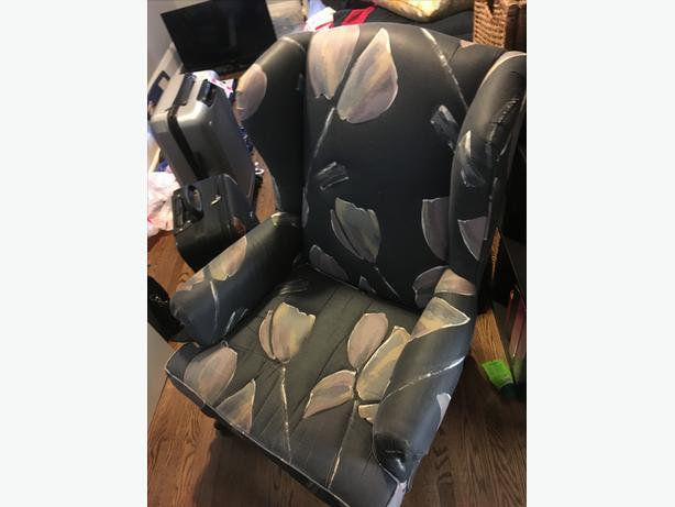 Comfy Chair for Sale!