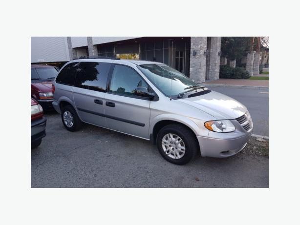 2005 Dodge Caravan SE Low Kms 2651 Sooke Rd