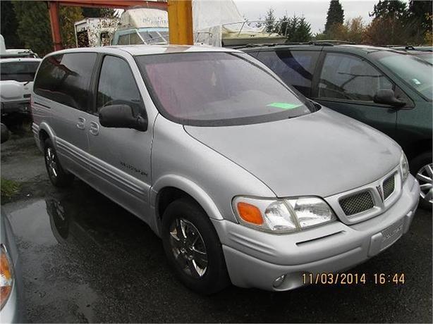 1998 Pontiac Trans Sport Extended 4-Door