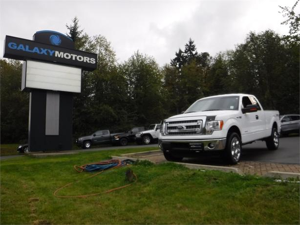 2014 Ford F-150 XL Super Cab 3.5L V6 Long Box - 4WD