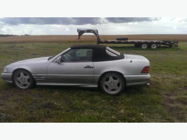 1995 Mercedes SL320 Sports car...convertible...hardtop..