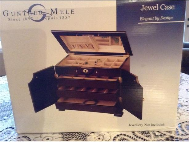 Gunther Mele Jewel Case