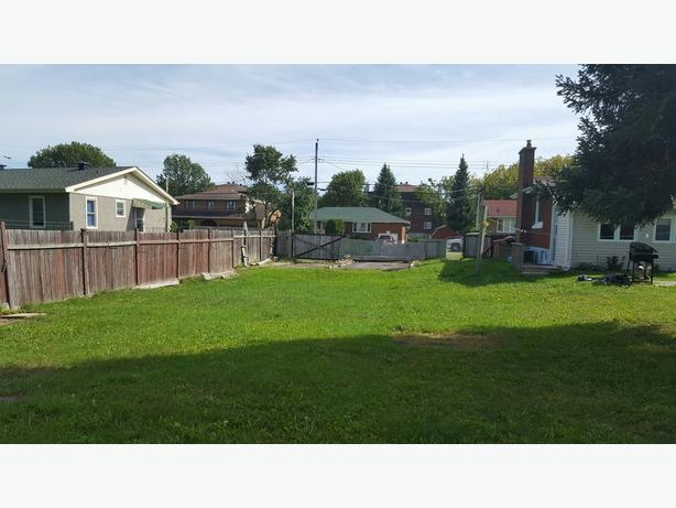 1681 Athans Ave - Large 150ft Deep Lot For Sale!