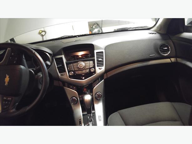 2014 Silver Chevrolet CruzeLT