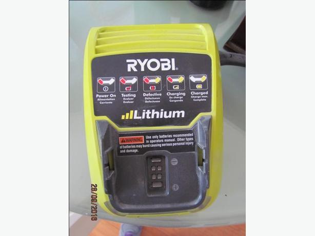 Ryobi CH120L LIthium Battery Charger