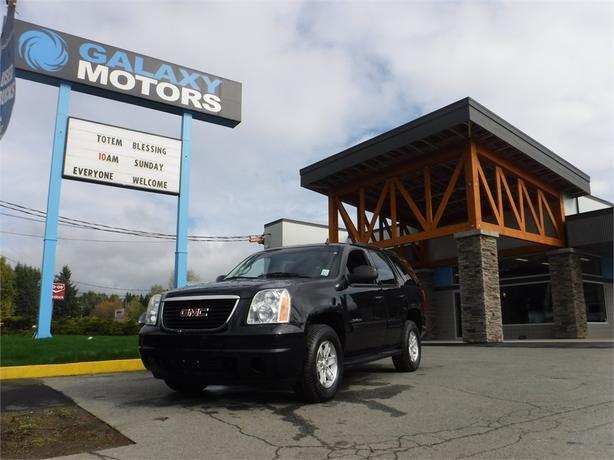 2014 GMC Yukon SLE - 4WD, 9 Passenger, Remote Start
