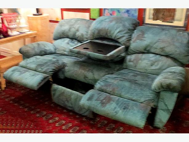 *Elran Sofa– Visa, MCard, Delivery Available
