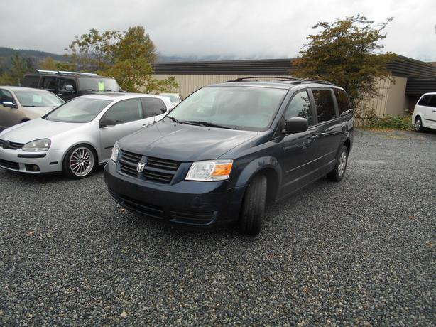 2008 Dodge Grand Caravan  stow and go