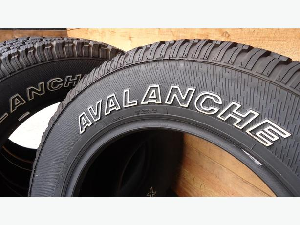 Avalanche X-Treme Winter Tires 235/65R17 - 85% Tread