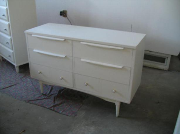 Retro dresser - 6 drawer