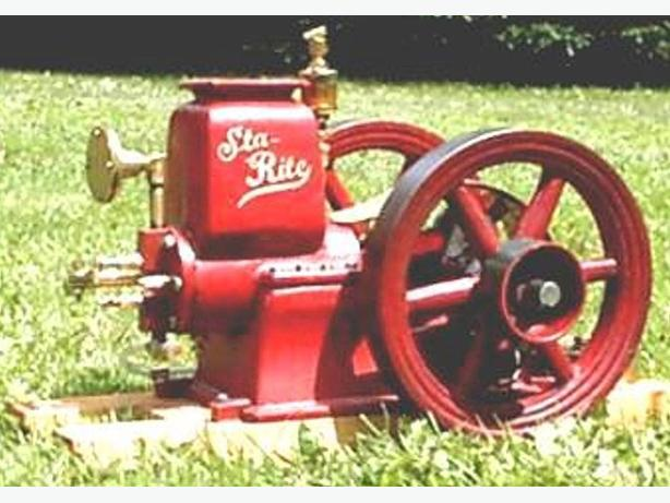 HANDCRAFTED WORKING MODEL FARM ENGINE (STA-RITE )