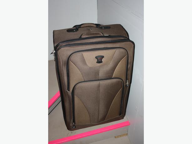 Tracker Suitcase