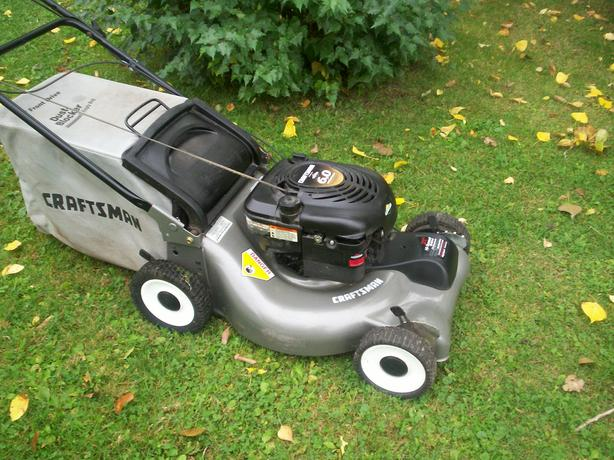 Craftsman Self Propelled Lawnmower