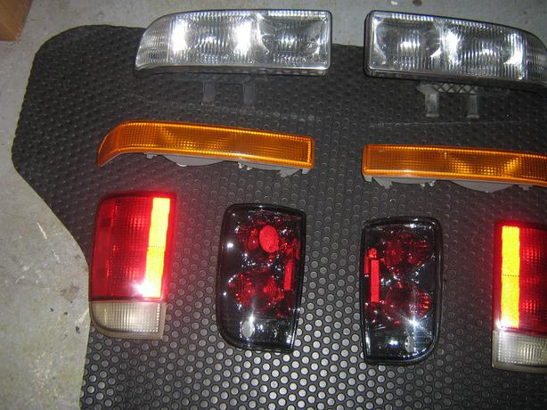 98-2005 blazer jimmy S10 S15 lights