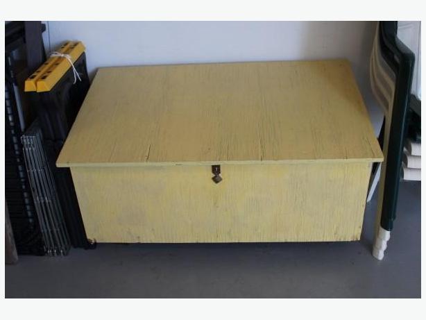 PLYWOOD STORAGE BOX