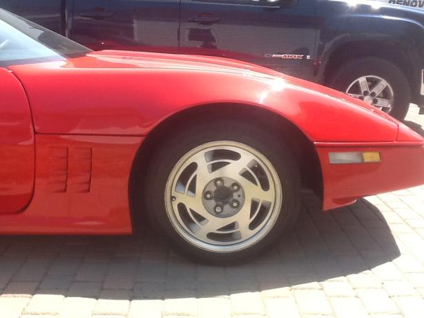 C4 corvette rims