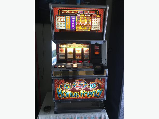Bally Real 25 cents Slot machine