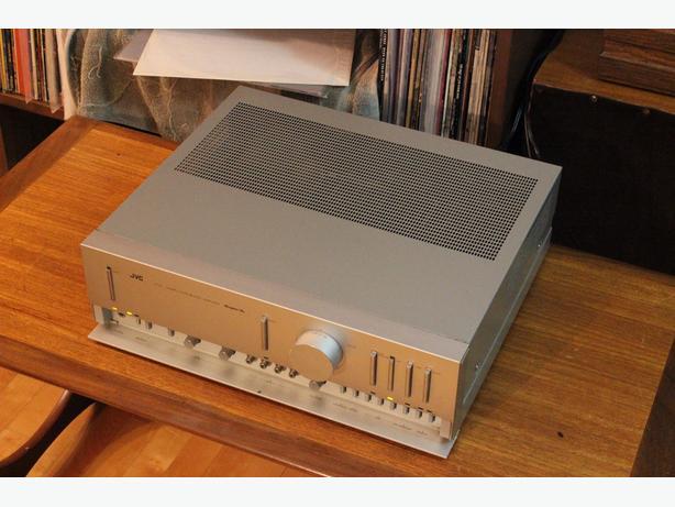 JVC AX-5 Amplifier 70WPC
