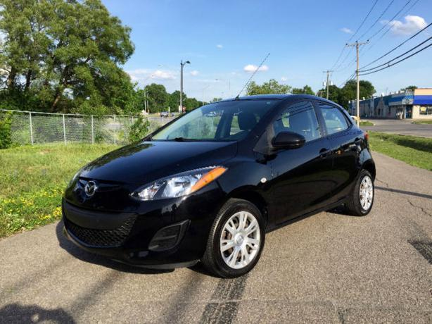 2011  MAZDA 2   hatchback  automatic  many options,only 60k
