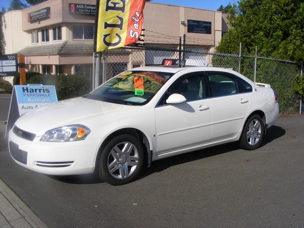 HARRIS CHEV..PARKSVILLE CLEARANCE CENTRE..08 IMPALA LT..IMMACULATE